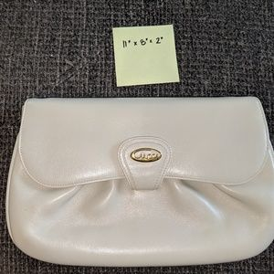 7348e3fd85c Women s 1970 Gucci Handbags on Poshmark